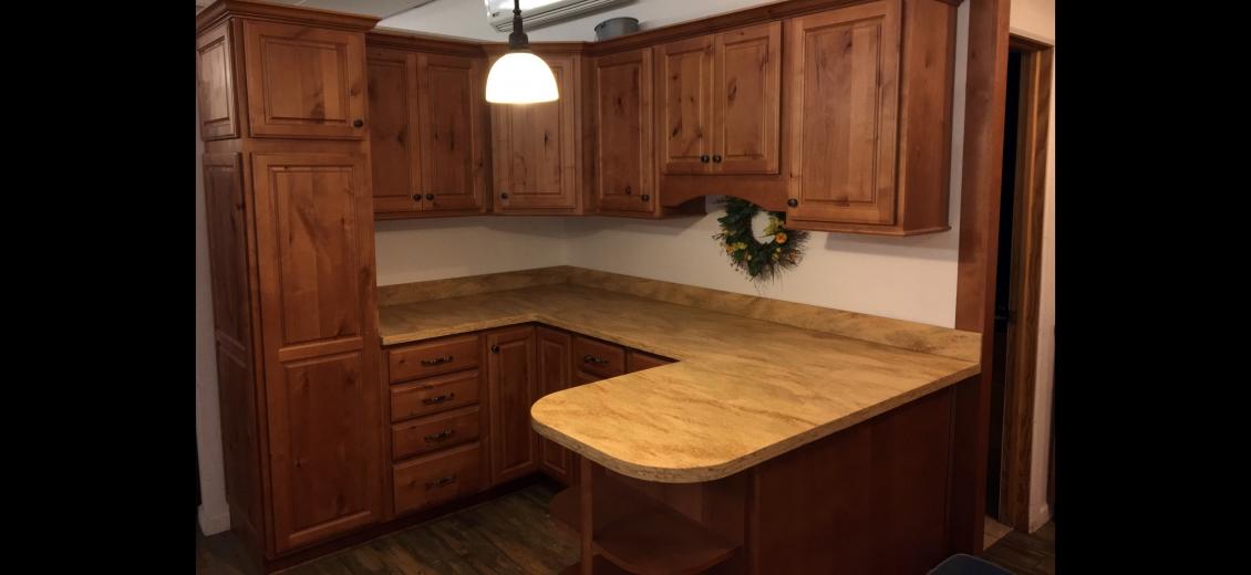 Diamond Vibe kitchen display at Sayre HEP Sales, 507 North Keystone Avenue